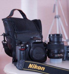 Nikon D5000 с комплектом