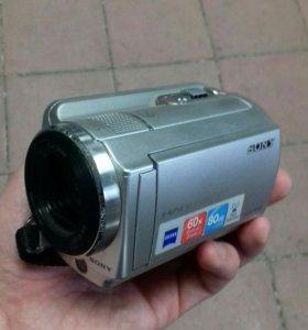 Видеокамера Sony sr68