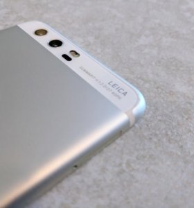 Смартфон Huawei p10 32Gb белый
