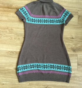 Платья тёплые 44-46 размер