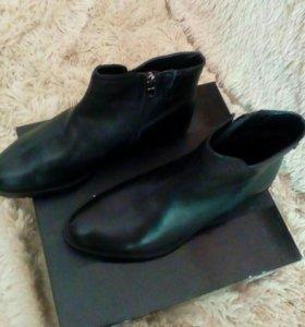 Ботинки женские (новые)