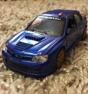 Продам машинку Subaru