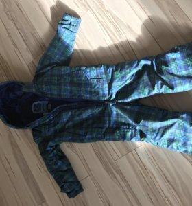 Комбинезон Burton для мальчика 99-107 рост.