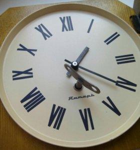 Часы настенные из СССР