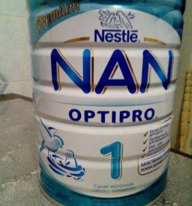 Детская молочная смесь НАН 1. 800 гр. Сроки в норм