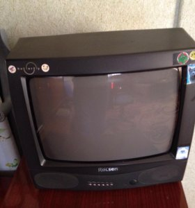 Телевизор в отличном состоянии Rolsen
