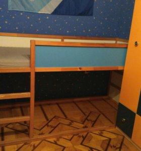 Детская двусторонняя кровать кюра (Икеа)