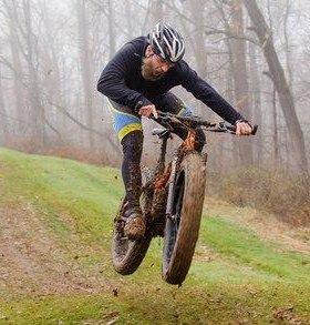 Фэтбайк (fatbike) Оригинал джип среди велосипедов