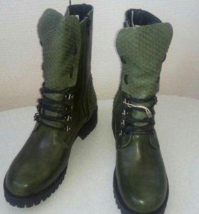 Новые женские ботинки р.40