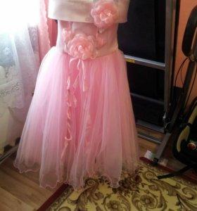 Продам платье для выпускного и праздников.