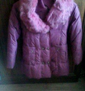 Куртка на девочку 5-6,лет