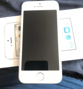 Apple iPhone 5s 16GB Silver РСТ
