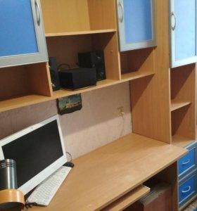 Детская стенка со столом и шкаф