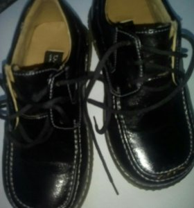 Туфли на мальчика 31 р