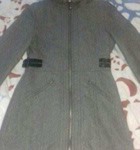 Продам пальто Bershka