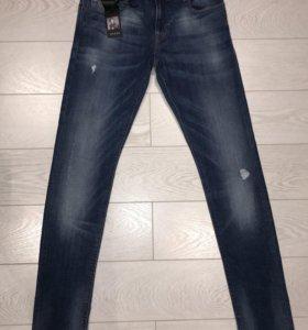 Мужские джинсы Guess