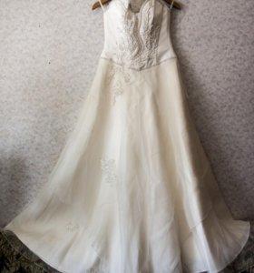 Свадебное платье+подъюбник+перчатки+фата+украшения