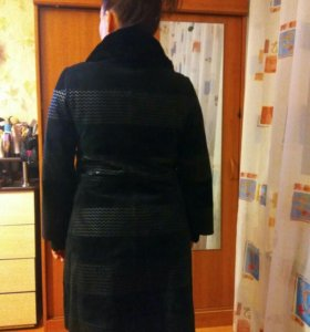 Замшевое пальто 48 размер