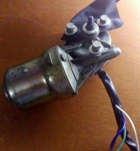 Мотор редуктор стеклоочистителя Ваз