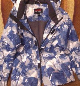 Продаю подростковую куртку