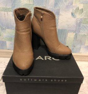 Ботинки (р-р 40)