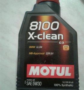 Моторное масло Motul 5w30 1л