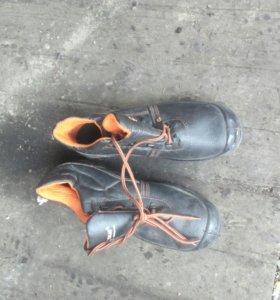 Ботинки рабочие новые.