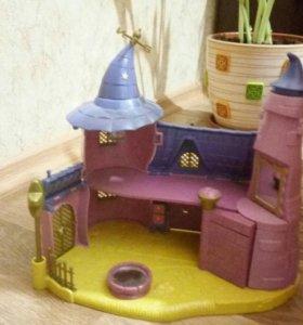 Заколдованный замок ведьм