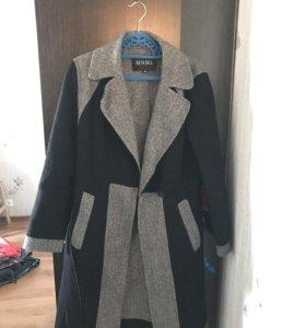 Шерстяное пальто с мех. воротником, р 42-44