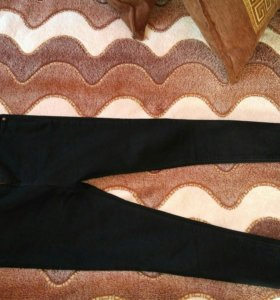 Продам черные джинцы