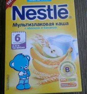 Молочная каша Nestle с 6 мес.