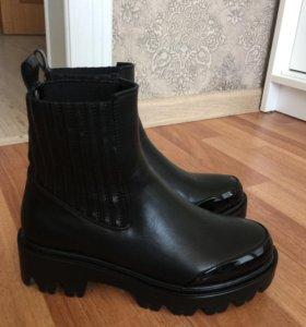 Новые ботиночки 36-37 размер