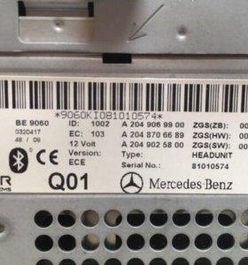 Штатная аудио система Mercedes w204