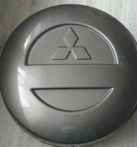 mitsubishi pajero 2 кожух запасного колеса