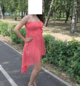 Шикарное платье 42-44р