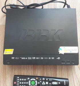 DVD плеер BBK DV216SI (KARAOKE)