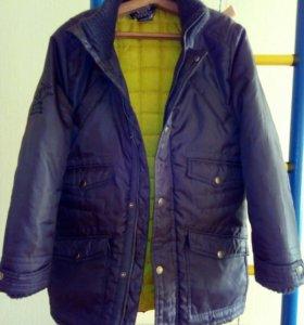 Куртка на мальчика демисез. на 10 лет.