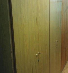 Два шкафа для бытовых вещей + неск листов оргалита