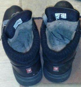 Ботинки осенние-зимние
