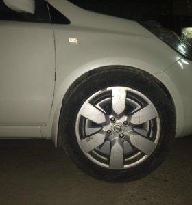 Nissanовские Диски r16 ТОРГ!!!NOKIAN зимка