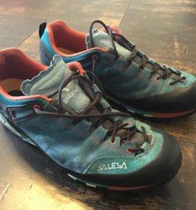 Трекинговые кроссовки Salewa mint trainer