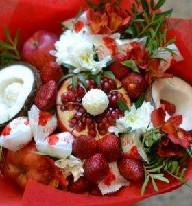 Фруктово-цветочные букеты на заказ