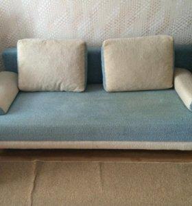 Продам диван б/у срочно