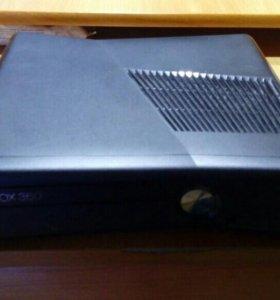 Xbox 360 250гб + 5 игр + геймпад + кинект