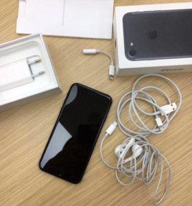 iPhone 7 black 32 G