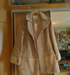 Пальто 50-52 р-р