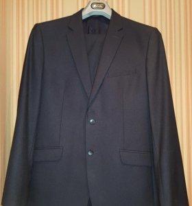 Мужской костюм (новый)