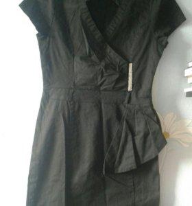 платье черное размер L на этикетке , а так на 42 р