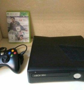 Xbox360 (4gb) + FIFA 14