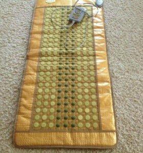 Тепловой коврик и массажор для плеч и спины